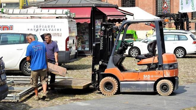 Ultimi preparativi in vista di 'Bassa Romagna in Fiera' (foto Scardovi)