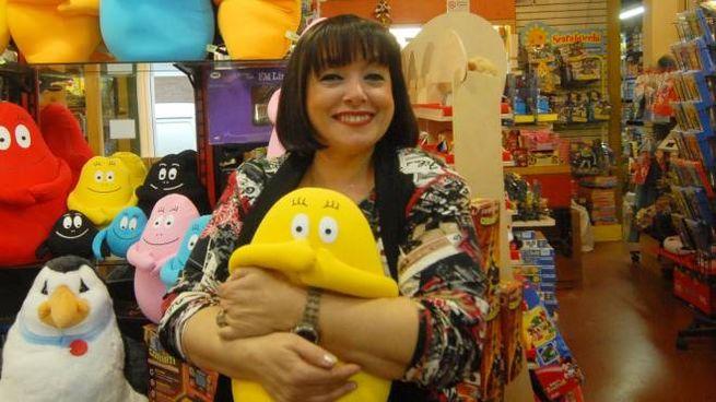 Lisa Bontà all'interno del negozio di giocattoli 'Pesaro' di via Marsala