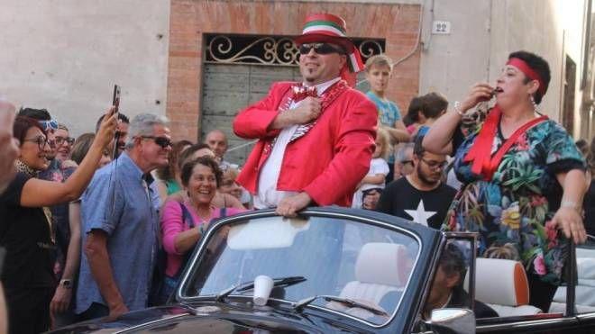 E' sorridente Giannino Aluigi, rieletto a capo del Club dei Brutti