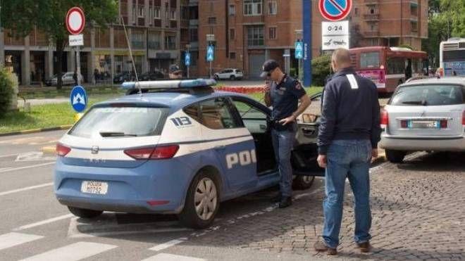 La polizia è immediatamente intervenuta per fermare  il presunto responsabile