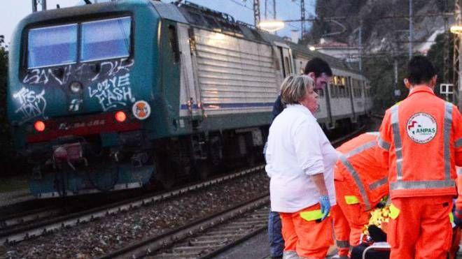 Investito da treno (foto repertorio)