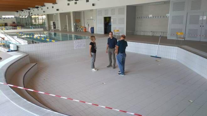 Il sopralluogo alla piscina dell'Ortignola