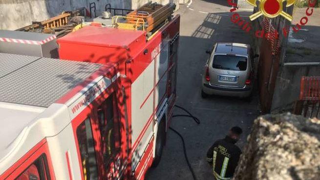 I vigili del fuoco in azione a Vighizzolo
