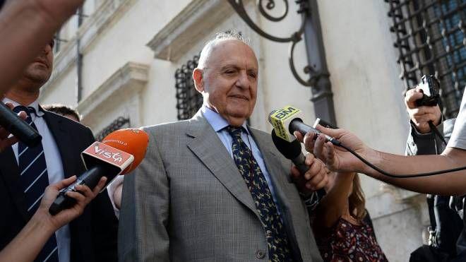 Il ministro per gli Affari europei Paolo Savona (Lapresse)