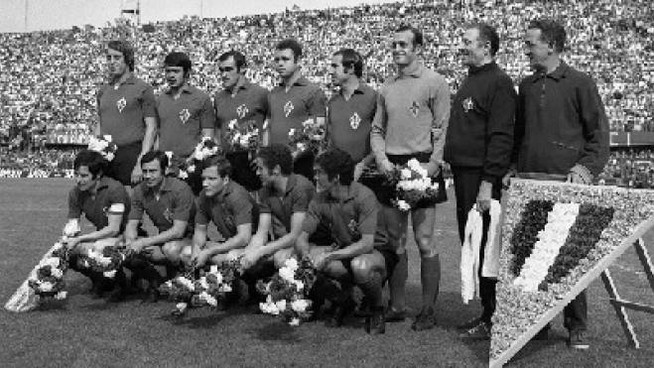 La Fiorentina campione d'Italia '69/'69 (Archivio New Press Photo)