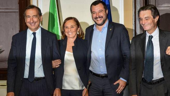 Da sinistra il sindaco Giuseppe Sala, il prefetto Luciana Lamorgese, il ministro Matteo Salvini e il governatore Attilio Fontana