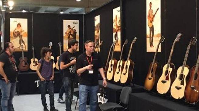 Un'intera zona dedicata alla chitarra