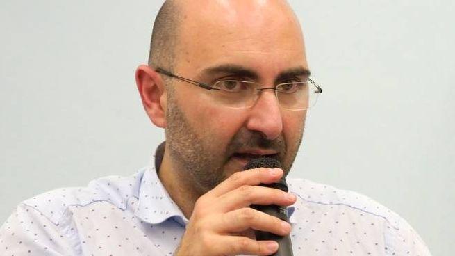 Il sindaco di Ameglia, Andrea De Ranieri