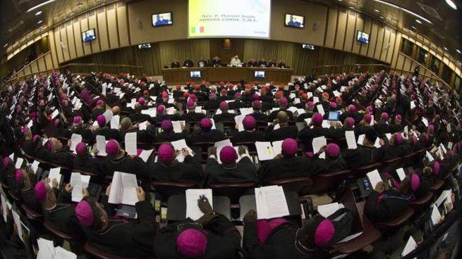 Vescovi riuniti al Sinodo