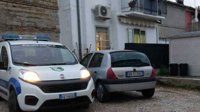 La casa in cui è stato trovato morto il 58enne