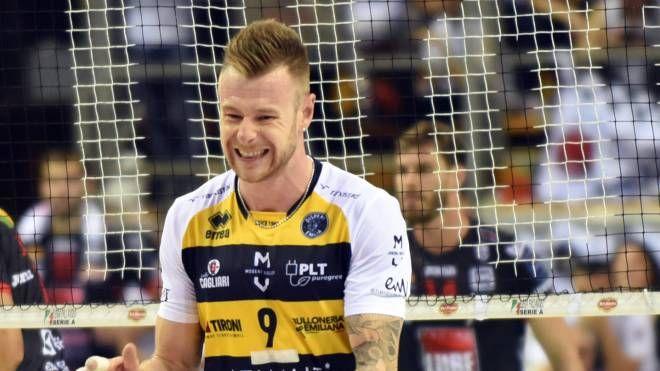 Modena Volley batte la Lube Civitanova: è in finale di Supercoppa. Nella foto capitan Zaytsev (Crocchioni)