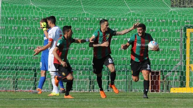 Ternana-Renate, Marilungo esulta per il gol (foto LaPresse)