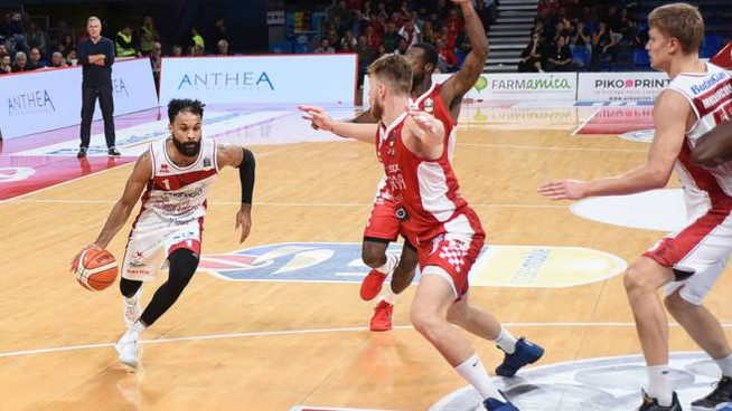 Libertas Pesaro-Oriora Pistoia. Legabasket Serie A