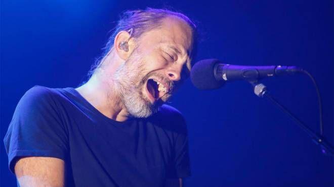 Thom Yorke, frontman dei Radiohead – Foto: AFP PHOTO/Kamil Krzaczynski/LaPresse
