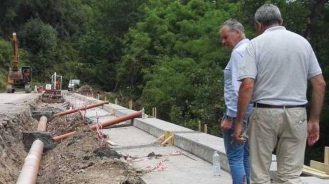 Il cantiere per la messa in sicurezza della strada della Ripa a Vezzano Ligure