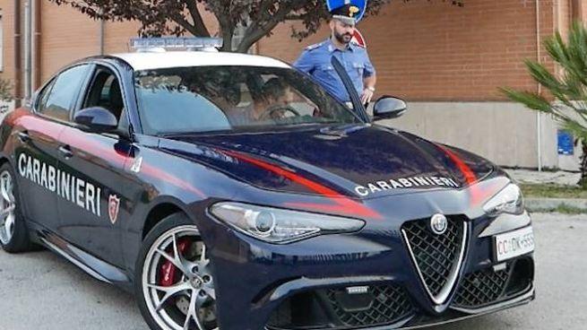 I carabinieri hanno arrestato un quarantenne che per mesi ha perseguitato la ex convivente