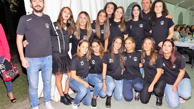 La prima squadra del Volley Aglianese