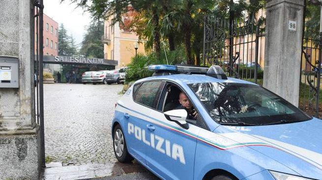 La polizia al centro dei Salesiani