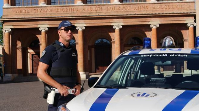 La Polizia municipale di Rimini ha chiuso un hotel a Rivazzurra