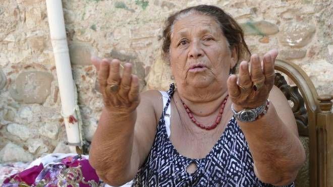 Djulia Ahmetovic, una delle donne di etnia rom cui furono confiscati i beni lo scorso anno