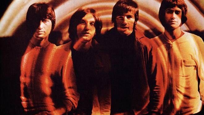 I Kinks nella copertina del disco