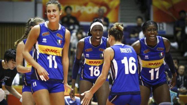 La nazionale italiana di volley femminile (Ansa)