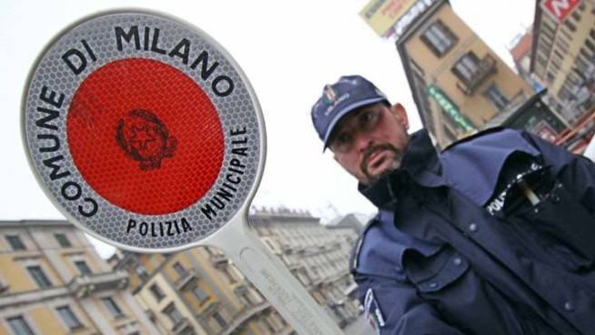 Sindacati dei ghisa contrari all'uso del badge
