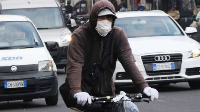 Smog Bologna, il Comune annuncia il pugno duro (Foto di repertorio Newpress)