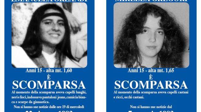 I manifesti su Emanuela Orlandi e Mirella Gregori (Ansa)