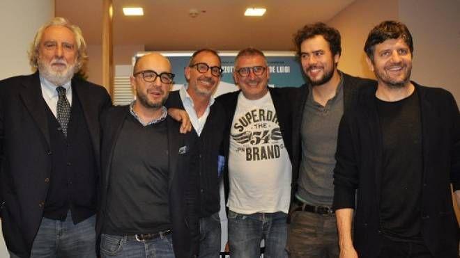 Fabio De Luigi e Andrea Pisani con Giometti e i produttori (Foto Concolino)