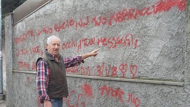 Luciano Meana e il muro che dovrà sistemare