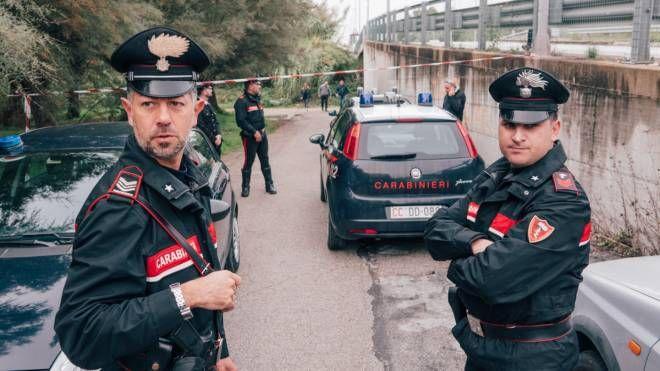 I carabinieri hanno acquisito le immagini delle telecamere presenti in zona