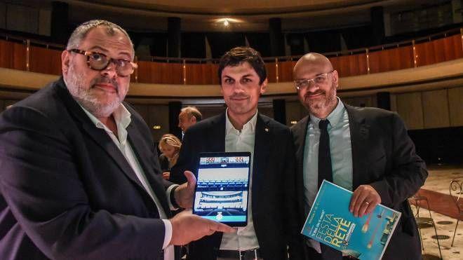 Gli assessori Michele Fioroni  e Antonio Bartolini insieme al sindaco Andrea Romizi