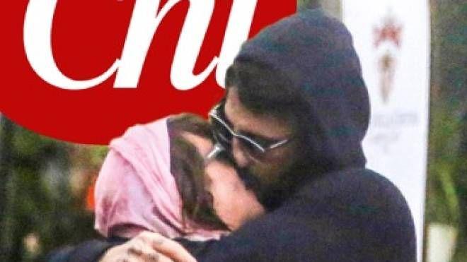 Fabrizio Corona e Asia Argento, bacio appassionato su Chi