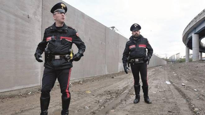 I controlli dei carabinieri della stazione Romana Vittoria (NewPress)