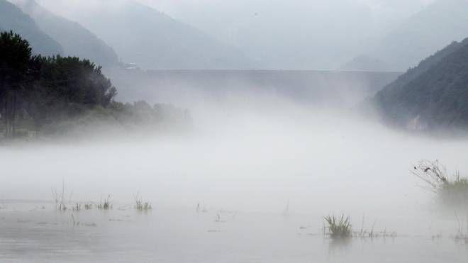 Previsioni meteo, torna la nebbia (foto di archivio Ansa)