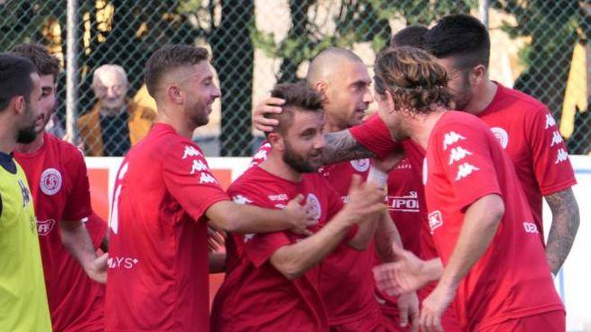 Esultanza dopo il gol di Visciano (foto Emma)