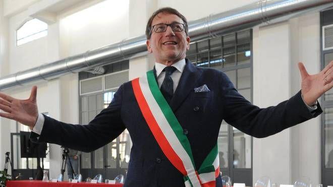 Il sindaco di Modena Muzzarelli: il partito gli ha chiesto di ricandidarsi