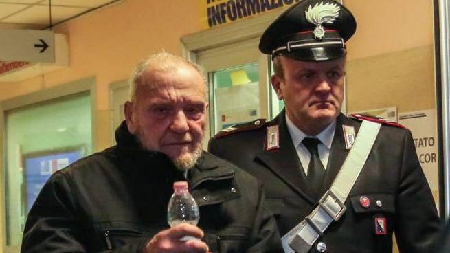 Fiesoli con un carabiniere