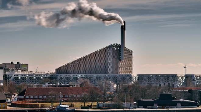 L'inceneritore di Copenaghen (Sito Amger Bakke)