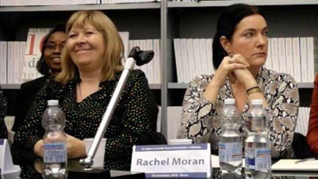 Rachel Moran, a destra (Dire)