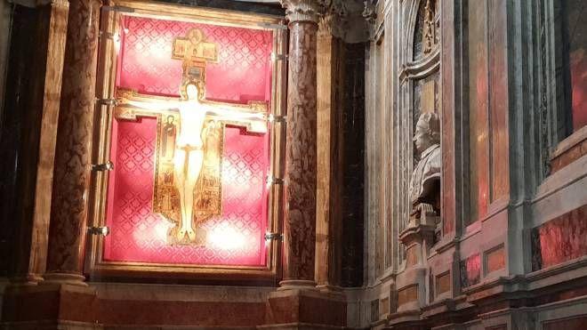 Crocifisso di Mastro Guglielmo nella Cattedrale di Sarzana