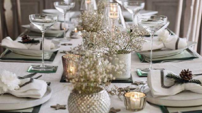 Natale: consigli per apparecchiare la tavola con stile