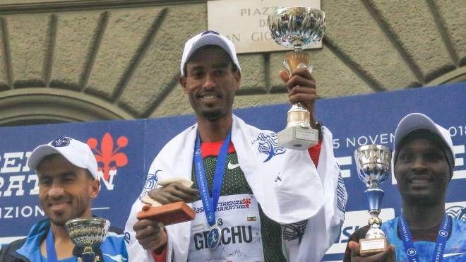 Abdi Ali Gelchu domenica ha vinto la Firenze Marathon