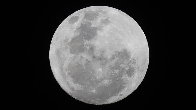 Luna piena (Ansa)
