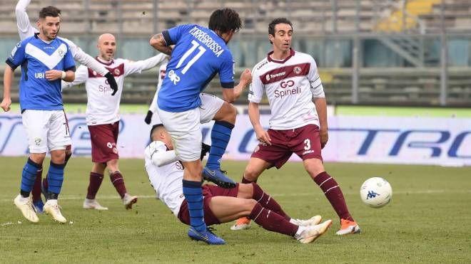Un momento di Brescia-Livorno (LaPresse)