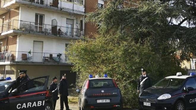 La palazzina controllata dai carabinieri