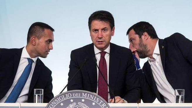 Luigi Di Maio, Giuseppe Conte e Matteo Salvini (Ansa)