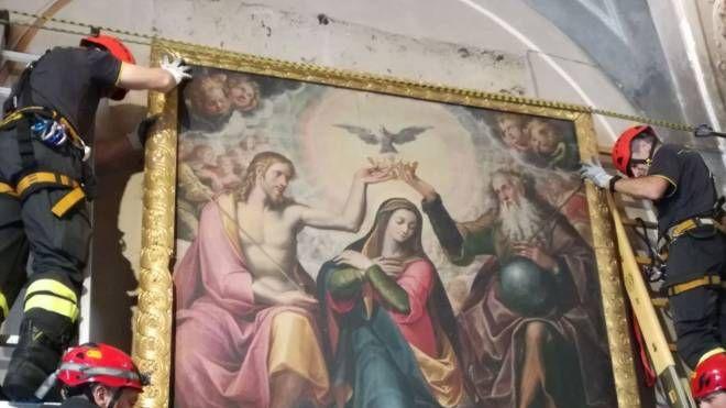 il recupero delle opere d'arte dal santuario di Gallivaggio