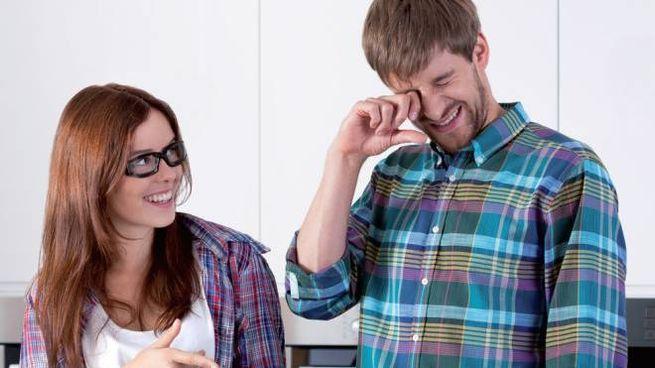Gli occhiali per tagliare la cipolla, regalo perfetto per chi ama cucinare